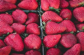 strawberries-1326148_960_720.jpg